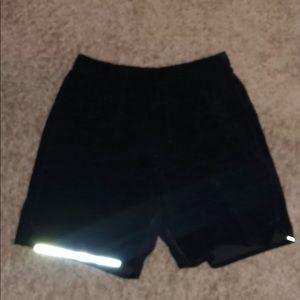 Men's lululemon surge shorts with pocket in back